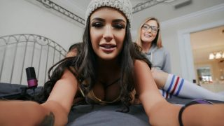 Welcome to the Cam Show (Addison Lee, Sofi Ryan) [Mofos]