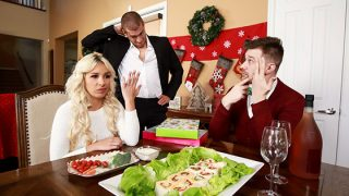 [BrazzersExxtra] Carmen Caliente (Horny For The Holidays Part 2 / 12.21.2019)